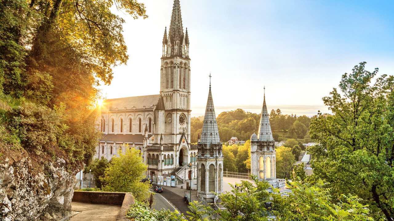 Sur KTO dès 15h30 : Chapelet à Lourdes