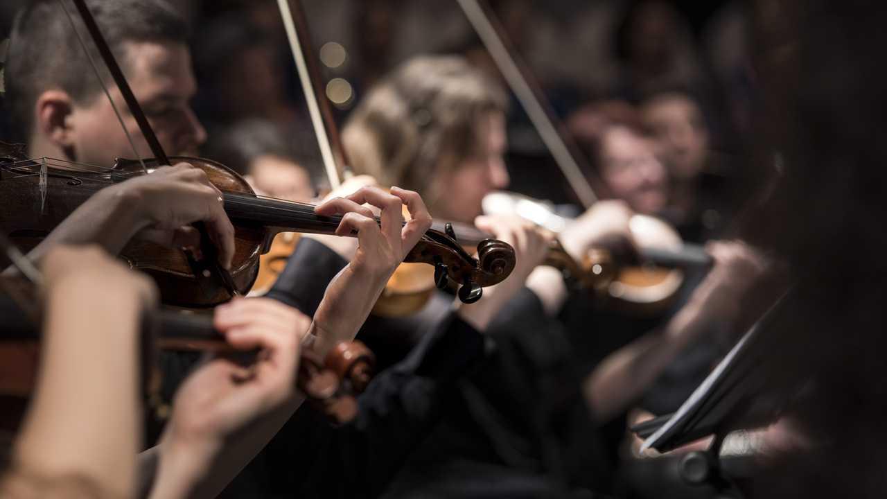 Karajan dirige