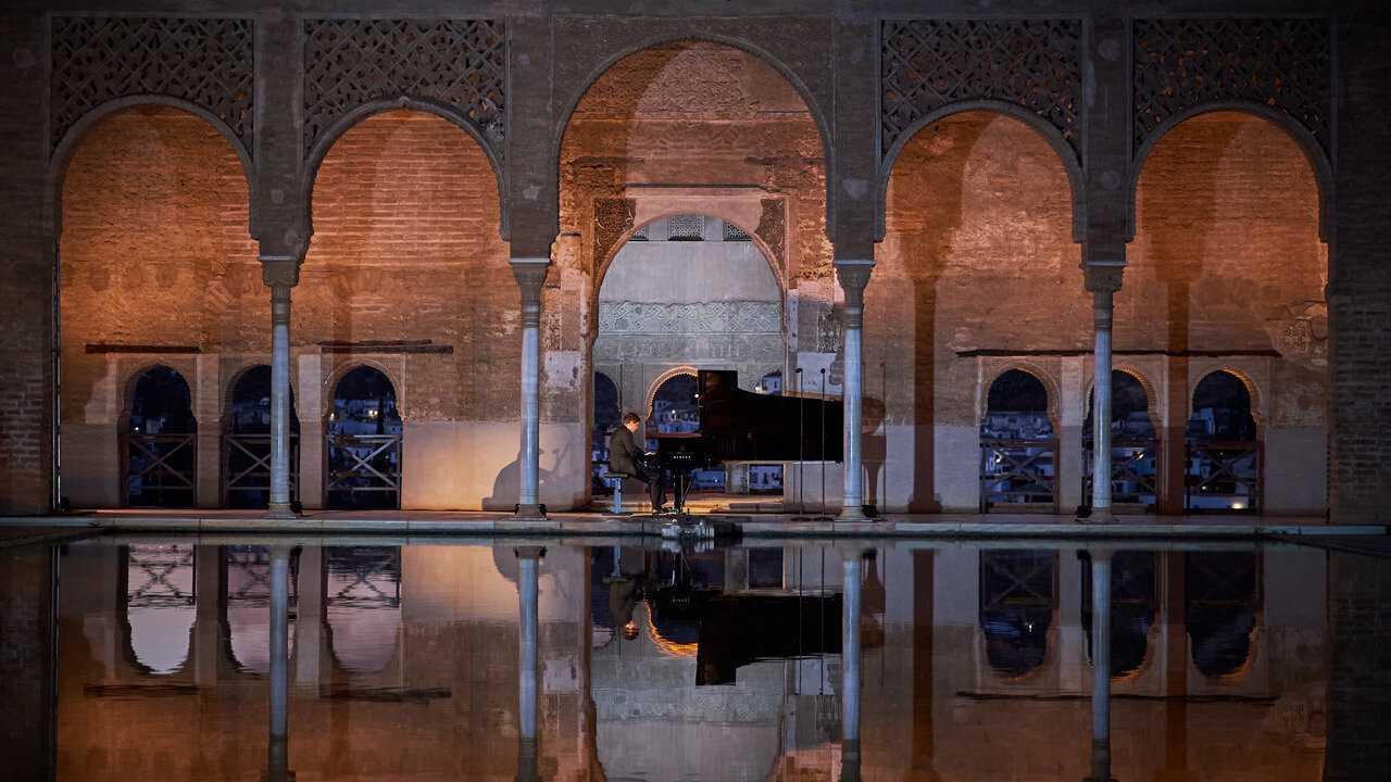 Sur Mezzo Live HD dès 06h00 : Javier Perianes à l'Alhambra de Grenade : Debussy, Falla, Albéniz